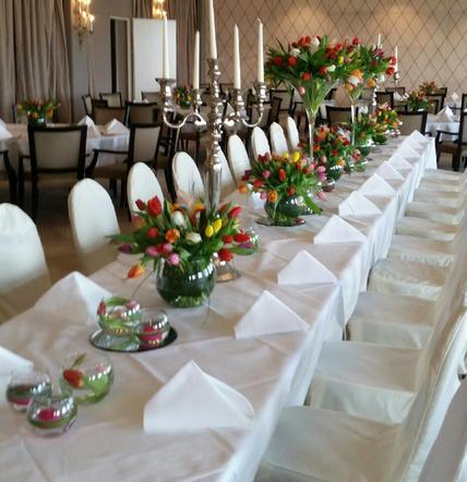 hochzeit deko, heiraten in bonn, köln, siegburg, Brautstrauß, Tischdekoration, Blumenschmuck