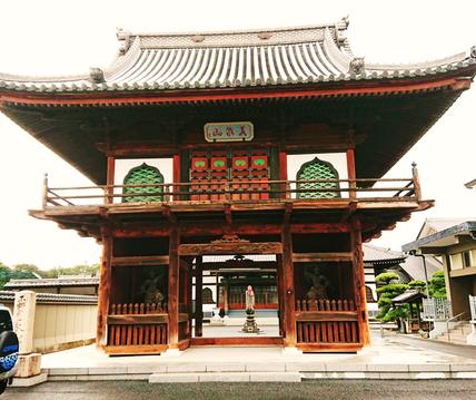 「山門」元禄十五年(1702年)の建築