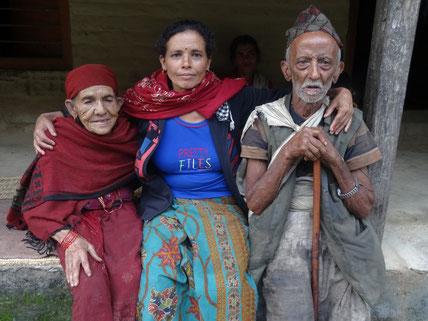Hilfe,Familie,Not,Spende,Zerstörung,Armut,Kinder,Aufbau,Medizin,Krankenhaus
