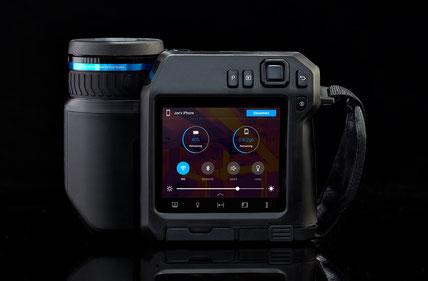 FLIR T530, T540 & T560: hochwertige Infrarotkameras mit schwenkbarem Display