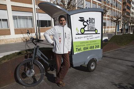 Entrevista a Raúl, un bicimenajero de la ciudad de Soria, pinchando la foto.