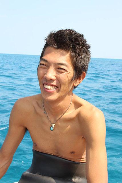 TAKU DIVE 石垣島の代表インストラクターです。