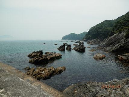 蒲江波当津海岸の裏側の磯辺の風景。