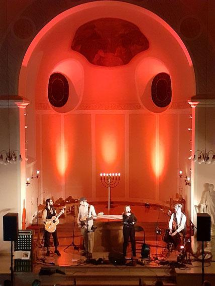 Kilkenny Band beim Auftritt in St. Josef am 14.12.2019
