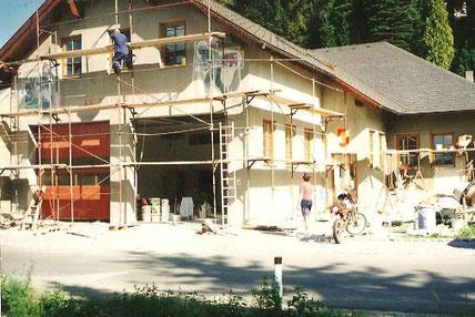 Ein Foto der Arbeiten am Feuerwehrhaus der FF Klingfurth im Jahr 1994