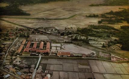 宗像高校 旧木造校舎航空写真