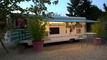 Domaine des vignes d'hôtes. Liberty Saveurs Food truck Mâcon . Food truck Saône-et-Loire . Food truck Ain. food truc lendemain de mariage. food truck brunch mariage . food truck  boeuf bourguignon ou autres plats traditionnels
