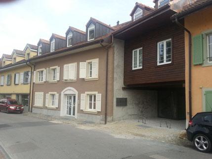 Grange transformée en 3 appartements, 3 duplex et un triplex - St-Prex