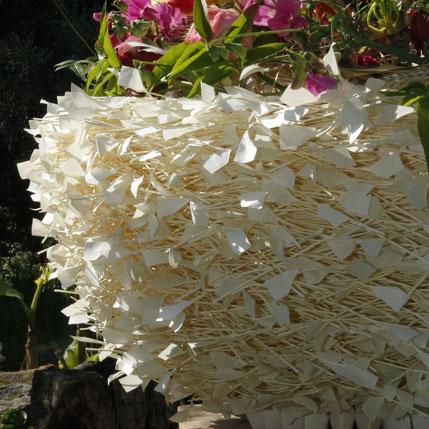 """Große Schale ummantelt mit japanischen Papierfederchen """"Koyori"""""""