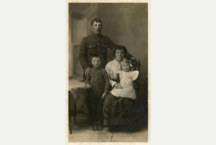 Percy James Parr and family (with kind permission of Nick Stone)