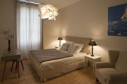 chambres d'hotes le cercle à Coligny dans l' Ain entre Jura, Bresse et Revermont. Chambre mésange.