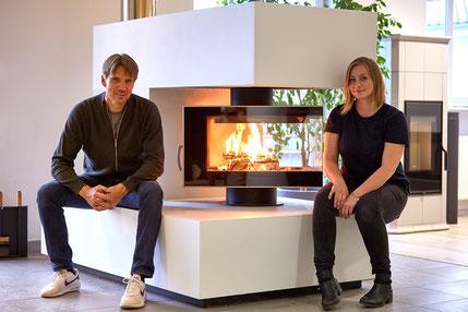 Geschäftsführerund Kaminofenplaner Thomas Schulz mit Tochter Andrea Schulz, Ofen- und Luftheizungsbaumeisterin