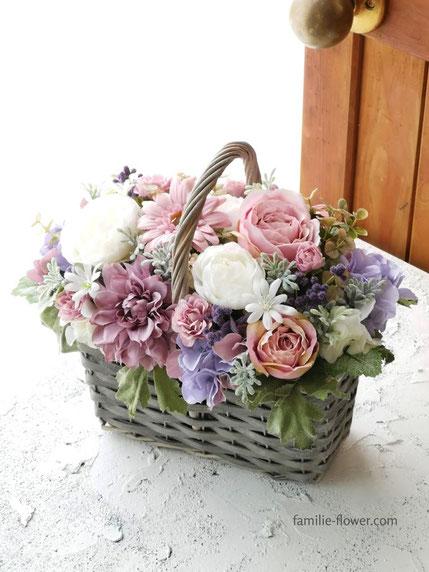 シックなピンクの造花ギフト