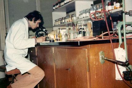 1972-1975: Im 3. Lehrjahr als Chemielaborant A (ASTRA Fett- und Oelwerke AG, Steffisburg)