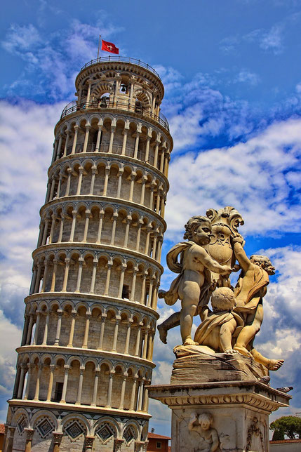 La colonna vertebrale assomiglia alla Torre di Pisa? Il dr. Lavanga ha una soluzione!