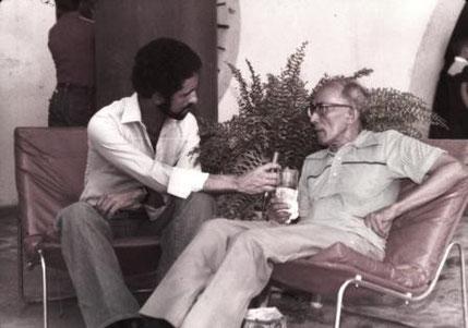 José Barros y el músico Jimmy Salcedo.