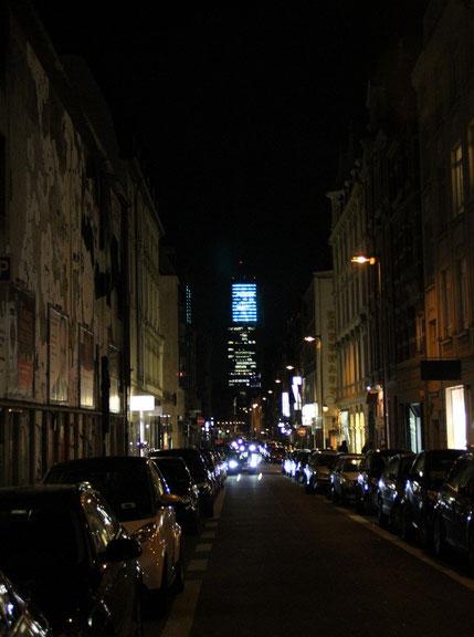 Bild: Köln City bei Dunkelheit