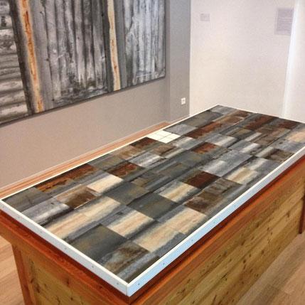 Cliquer sur la photo de l'installation de zinc au Musée Départemental de Gap