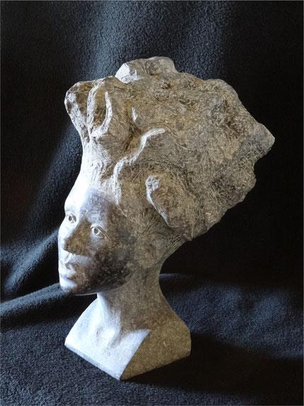 Porträt einer Afrikanerin aus schwarzem Stein#Porträt aus Stein#Steinportrait einer Frau als Dekoration