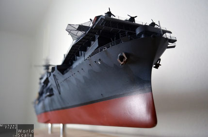 USS Hornet - 1/200 by Merit International