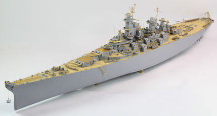 USS Missouri - 1/200 by Trumpeter