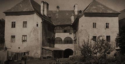 Chorherrenhof  um 1985
