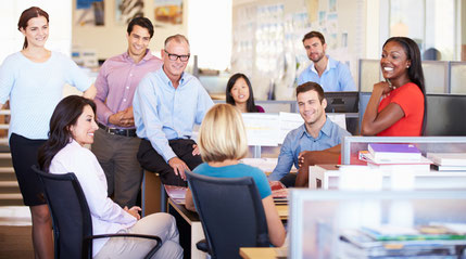 """Unser Büro ist nicht so groß und weitläufig wie auf diesem """"Fertigbild"""", aber auch sehr gut !"""
