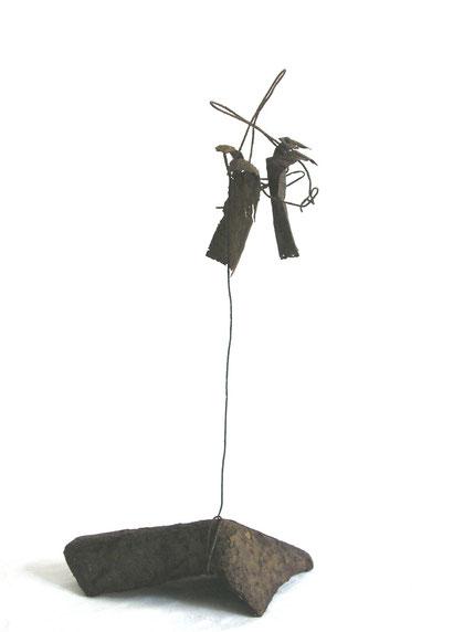 Fil de fer, feuilles d'aluminium sur socle métal oxydé - 2007 - 30 x 18 x 12   Collection privée