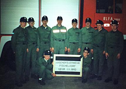 Gründungsfoto der Feuerwehr Pischeldorf am 1.11.1993