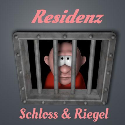 Mann schaut durch Gitterstäbe seiner Gefängniszelle. Dazu der Titel: Residenz Schloss & Riegel
