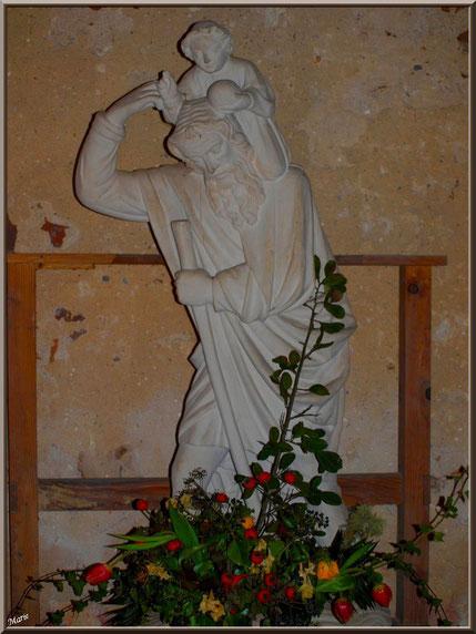 Eglise St Michel du Vieux Lugo à Lugos (Gironde) : la statue de St Jacques de Compostelle