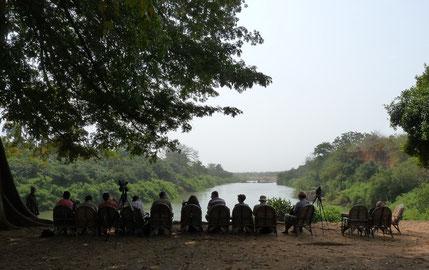 Campamento en las orillas del río Gambia en el PN Niokolo-Koba