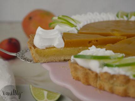 Limetten Tarte mit Mango und Meringue