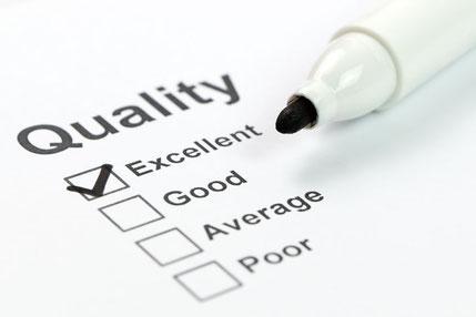 Positive Reputation und Abgrenzung von der Konkurrenz  durch zertifizierten Kunden-Service und positive Kommunikation. Gehen Sie mit Ihrer Qualität im Kunden-Service hausieren