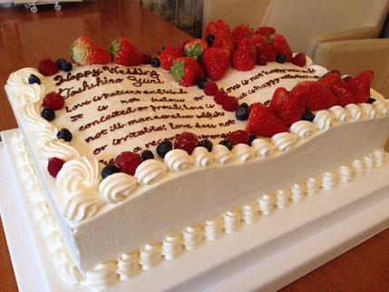ウェディングケーキ キャラクターケーキ カナリーカラメル 似顔絵ケーキ
