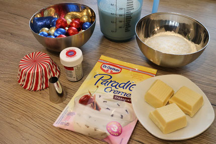 santa hat cupcake ingrediences