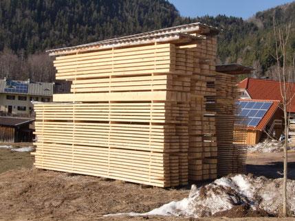 Freilufttrocknung von Schnittholz für ein Holzhaus in Norddeutschland