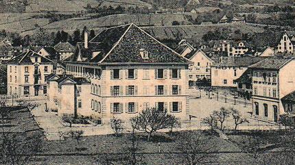das Pestalozzi-Schulhaus vor dem Bau der Turnhalle