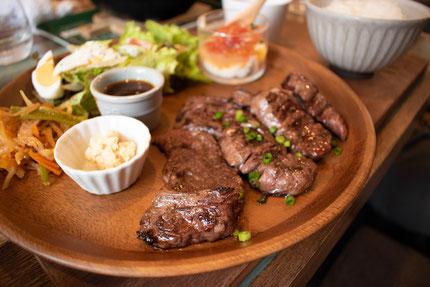 ランチのステーキ肉
