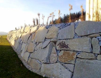 Steinmauer (Josef Neundlinger; Steinmauer Bezirk Rohrbach; Oberkappel; Trockensteinmauer)