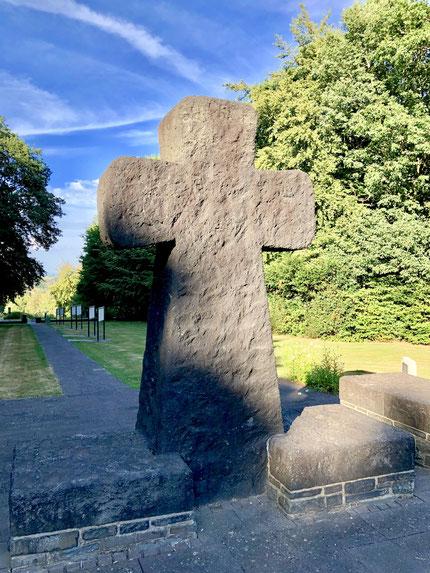 Kriegsgräberstätte Vossenack im Juli 2018  |  Foto: Rainer Valder