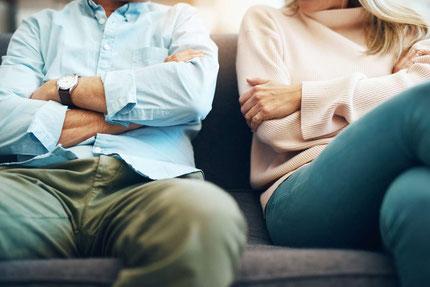 Keine Kommunikation mehr in der Ehe oder Partnerschaft sind oft der Grund für ein Auseinanderleben
