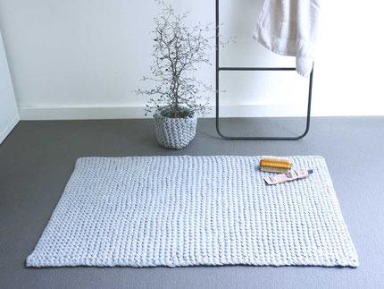 Badematte aus Textilgarn stricken mit Wooltwist