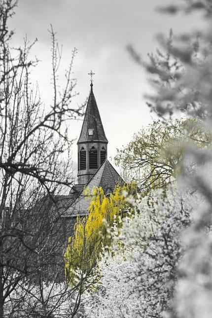 Kapelle Maria Oberndorf in Bodenheim Hochzeitsfotografie Mainz Blitzlichtkabinett