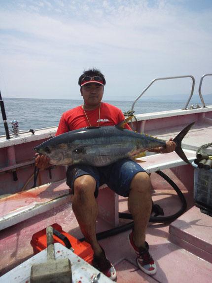 2013/7/28 早川様 キハダ27kg