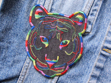 Bild: lgbtq Tiger patch Regenbogenfarben, Tigerkopf zum aufbügeln Jeans Bügelflicken
