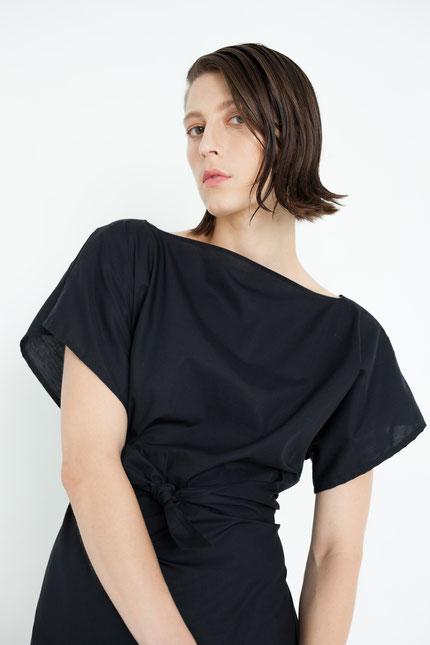 elegant: leichtes Sommerkleid aus schwarzer Bio-Baumwolle