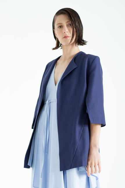 subtil: zero-waste Blazer in dunkelblau