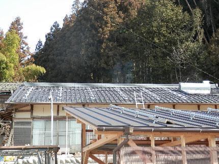 太陽光発電工事 支持金具取付
