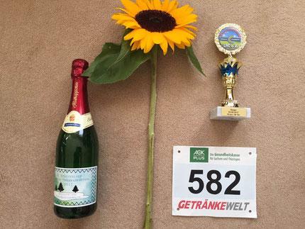 Pokal und Präsente zum AK Sieg M75+ von Bernd K.